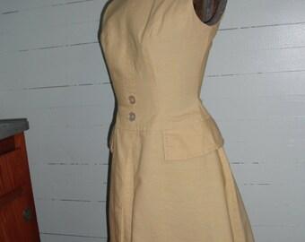 Vintage 1950s  dress, cotton,  sleeveless, petite, light yellow