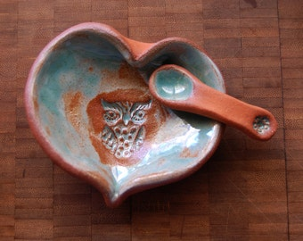 Open / Spring Tone Ceramic Open Heart Owl and Daisy Trinket Dish and Spoon