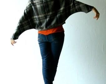 Winter Jacket, Tartan jacket, Tartan coat, Dolman top, Cape coat, oversized cardigan, womens jacket, batwing top, plus size, sweatshirt
