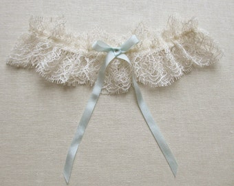 Odette lace garter with silk and swarovski