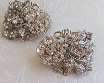 Bridesmaid Hair clip Wedding Hair small barrette crystal clip Bridal Hair Piece Bridesmaids Gift Clear crystal hair Flower