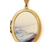 Smash - Ocean Waves Grande Photo Locket Necklace