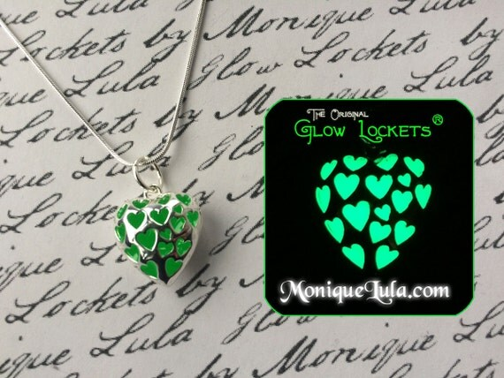 Lucky Green  Heart Love Spell Glowing Necklace