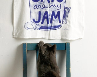 Cat Art Tea Towel : Kitchen Dish Towel, Cat Lover Gift, funny home, foodie, hostess, canning, mason jar, gift for teacher, house warming