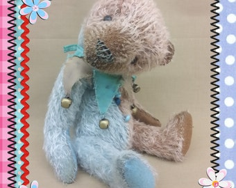 PDF E-pattern Mr. Blue a  12 inch vintage style jester bear by Cat Maessen