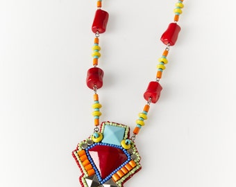 Handmade long pendant necklace - Facets collection -