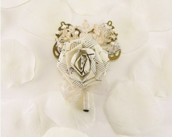 Symphony Music Rose Boutonniere - Origami Groom boutonniere, Groomsmen buttonhole, Vintage Music Wedding, Sheet Music boutonniere