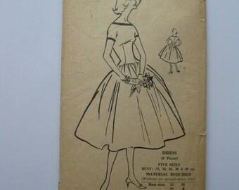 """1960s Dress - 38"""" Bust - Norman Hartnell Bestway 277K - Vintage Retro Sewing Pattern"""
