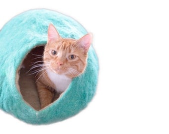 Cat Bed- The Cat Cave- Modern Cat House for Your Pet- Felted Wool Cozy Pet Home- Custom Colors