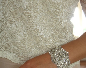 Bridal Cuff, Wedding Jewelry, Bridal Accessories, Bridesmaid Gift, Rhinestone Bracelet, Statement Jewelry, Cuff, Quinceanera  -Estrella
