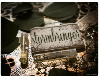 stormbringer natural cologne/perfume oil 2 vial mini sampler -unisex- primary notes: lotus, hyacinth, heather and musk