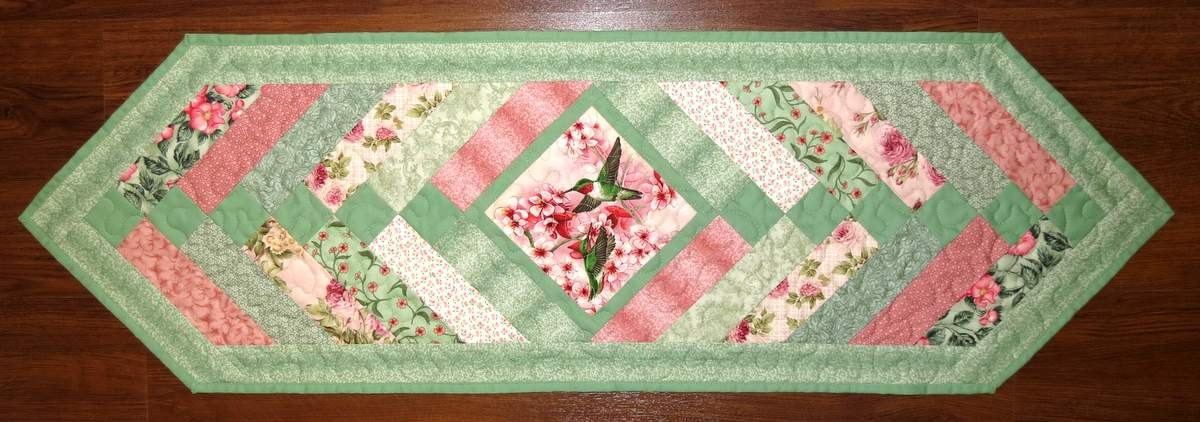 Braid Quilt Pattern Table Runner : Quilted Pieced Table Runner French Braid Hummingbirds Green