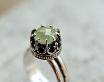 Prehnite ring. Sterling silver ring with mint green gemstone. Faceted gemstone ring size 6.25
