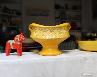 McCoy Pottery YellowStarburst  Vases  VINTAGE by Plantdreaming