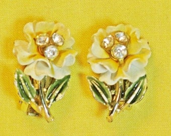 Vintage Yellow Enameled Floral Earrings (E-1-2)