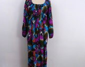 1970s Hippie Maxi Dress ... Vintage 70s Empire Waist Dress ... Psychedelic Print with Faces ...Size Small to Medium
