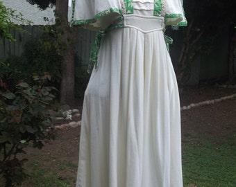 Flutter Sleeve Dress/ Vintage 70s  Mini Dress/ Floral Trim/ Pintucked Bodice/ Boho Hippie Festival Rustic Retro S