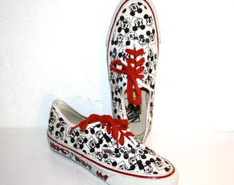 VANS MICKEY Mouse Disney Vintage Original Sneakers Size Womens 8 - AUTHENTIC -