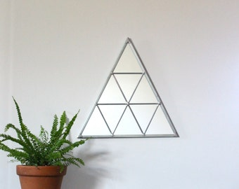 Triangle Wall Mirror Geometric / Handmade Wall Mirror Triangle Shaped Mirror Traingles Miroir Drejeck