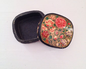 Vintage Floral Trinket Box Russian