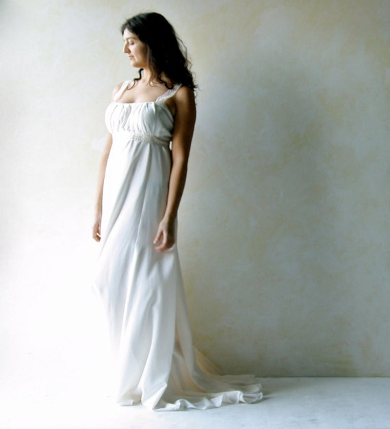 Grecian Style Wedding Gown: Grecian Wedding Dress Train Wedding Dress Empire By LoreTree