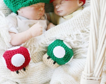Newborn Crochet Super Mario Twin Photo Prop Set