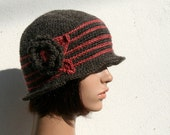 Crochet cloche hat for winter - Brown and Red - Wool and Alpaga with matching flower - Handmade in France