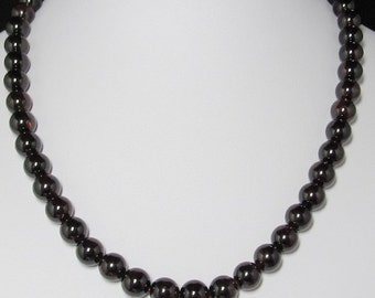 Necklace 19 inch IN Garnet 10mm and 925 Silver