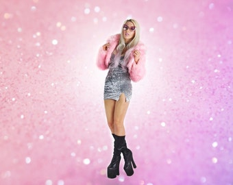 90's Bubblegum Pastel Pink Shaggy Faux fur Cropped Coat // S - M