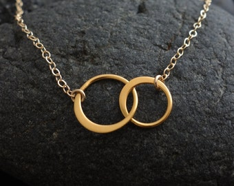 Circle Necklace. Gold Circle Jewelry. Interlocking Circle Necklace,Mother's Day Gifts,  Two Circle Necklace, Bridal Jewelry, Wedding