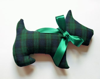 Lavender Scented Scottish Black Watch Tartan Scottie Dog. Christmas gift, Christmas Stocking filler. Plaid dog.