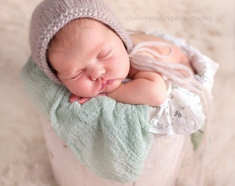 Newborn Baby Bonnet- Roving Wool- Photo prop