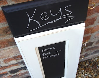 Key Holder - Shopping Memo - Key Hook - Key Rack - Chalkboard Organiser - Kitchen Organiser - Blackboard - Memoboard - White Rustic Decor