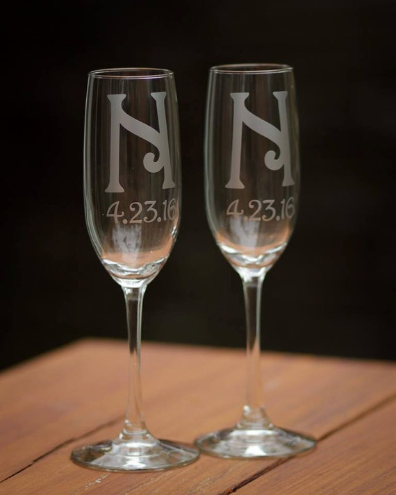 custom wedding flutes monogram champagne glasses personalized