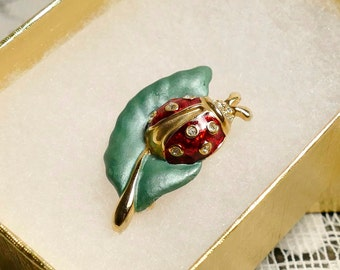 Vintage Red Ladybug on a Green Leaf Brooch Pin