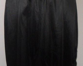 Vintage Half Slip Black Anti Cling by Sears Large Tall