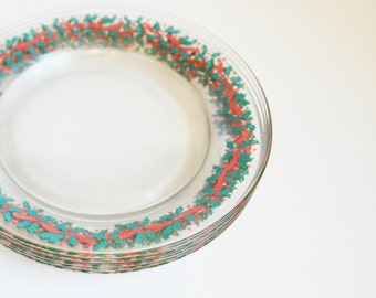 Vintage Christmas Plates Arcoroc Plates Christmas Holly Red and Green Plates Set of 5 Holly Plates Holiday Entertaining