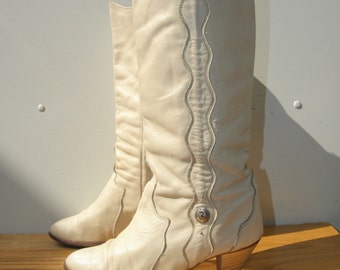Sz 8M ACME Vintage Leather White Cowboy Country Western Boots WOMEN