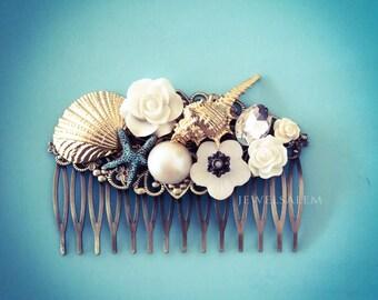 Gold Seashell Hair Comb Starfish Hair Slide Beach Wedding Bridal Headpiece White Ivory Pearl Bridal Comb Seaside Quaint Outdoor Wedding