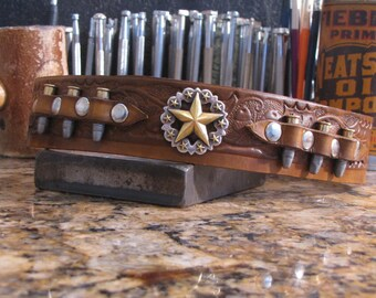the Real McCoy Bullet Dog Collar Gun  ( Western Dog Collar ~ Tooled Leather Dog Collar ~ Ammo Dog Collar ) Outlaw Leather USA