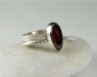 Metalwork Ring Red Garnet Ring Wide Band Ring Oval Ring Natural Stone Ring Metalwork Jewelry