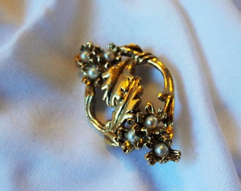 Leaf and Flower Pearl Brooch Vintage Collar Pin