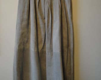 Vintage Suede Gray J H Collectibles Skirt Size 10
