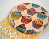 Cupcake Fabric Badge, Large Badge, Pin Badge, Fabric Covered Button, cute badge, brooch,