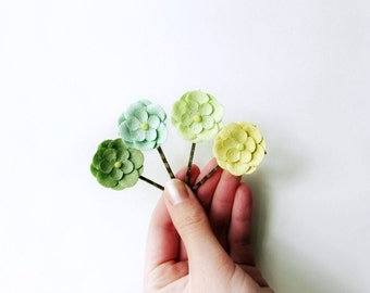 Green Flower Hair Clips. Paper Flower Hair Accessories. Cute Retro Style Daisy Flower Bobby Pins in Chartreuse, Sage, Sea Foam & Mint Green.