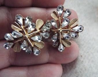 crown Trifari rhinestone gold plated earrings
