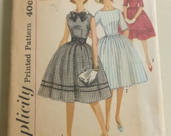 Vintage Simplicity Pattern 3528 Teen Size 12 Dress Bust 32 Inches