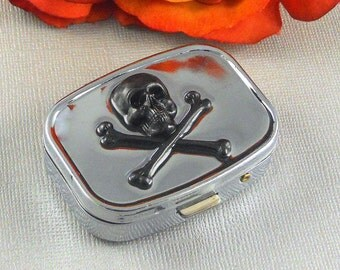 Skull Pill box, Pill Case, Vintage, pill Box, Box, Cross Bones Gift, Accessories, Steampunk Inspired, Black Sugar Skull