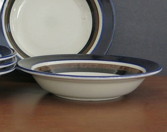 Vintage Arabia Finland Saara Cereal Bowl - Scandinavian Mid Century - 1970s Anja Jaatinen-Winquist - Arabia Finland - 2 Available
