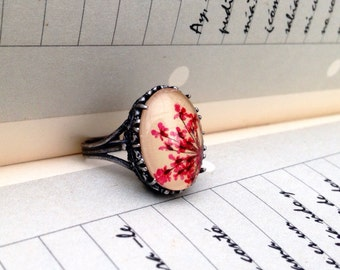 Nature rings, boho ring, nature lover gift, nature inspired ring, pressed flower jewelry, red statement ring, unique gift for her, cute ring